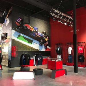 K1 Speed Montréal retail area